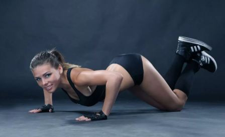 Упражнения для рук и груди