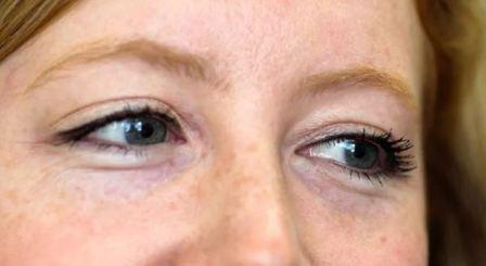 Уход за кожей вокруг глаз: косметика
